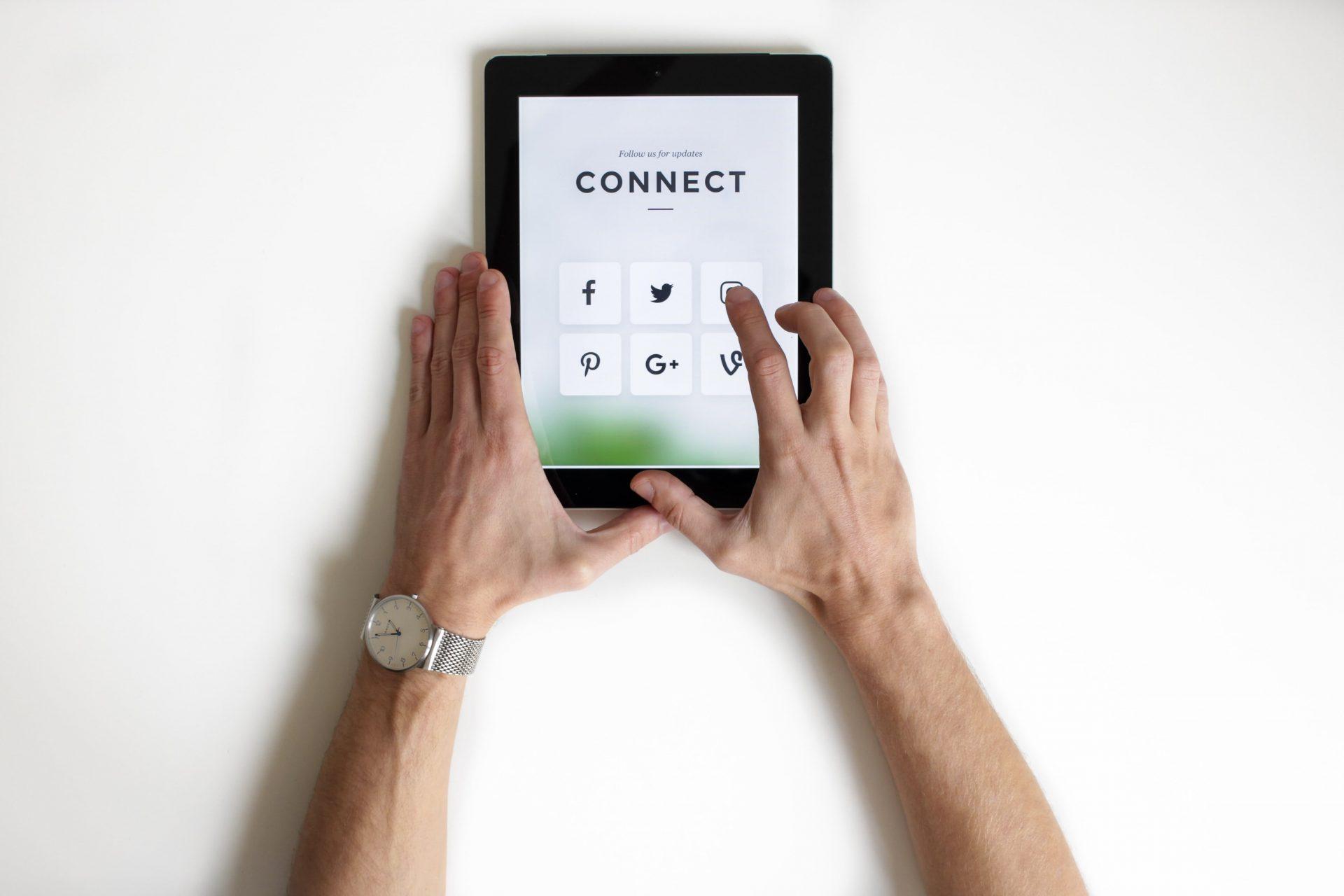 gestine pagine social